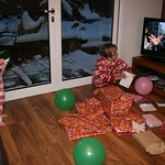 The Smurfs distract from present opening<br/>19 Jan 2013