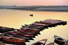 Varanasi Sunrise - India photo by Joao Eduardo Figueiredo
