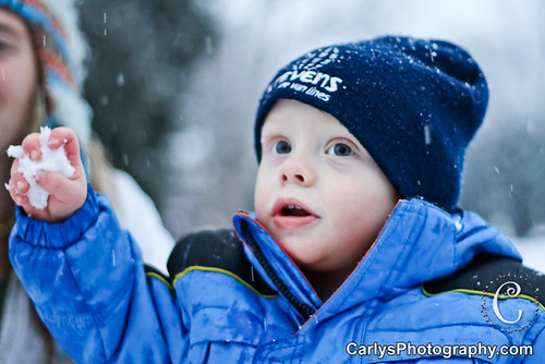 Kyton playing in the snow-18.jpg