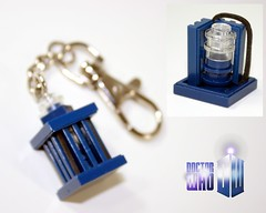 Micro Tardis photo by Siercon and Coral