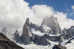 Mt. Fitz Roy 3375 msnm photo by HERNANTIPA