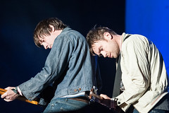 BLURRRRRRR (Damon Albarn & Graham Coxon) _BLR7287xxxr photo by Lindsey Best [hazyskyline]