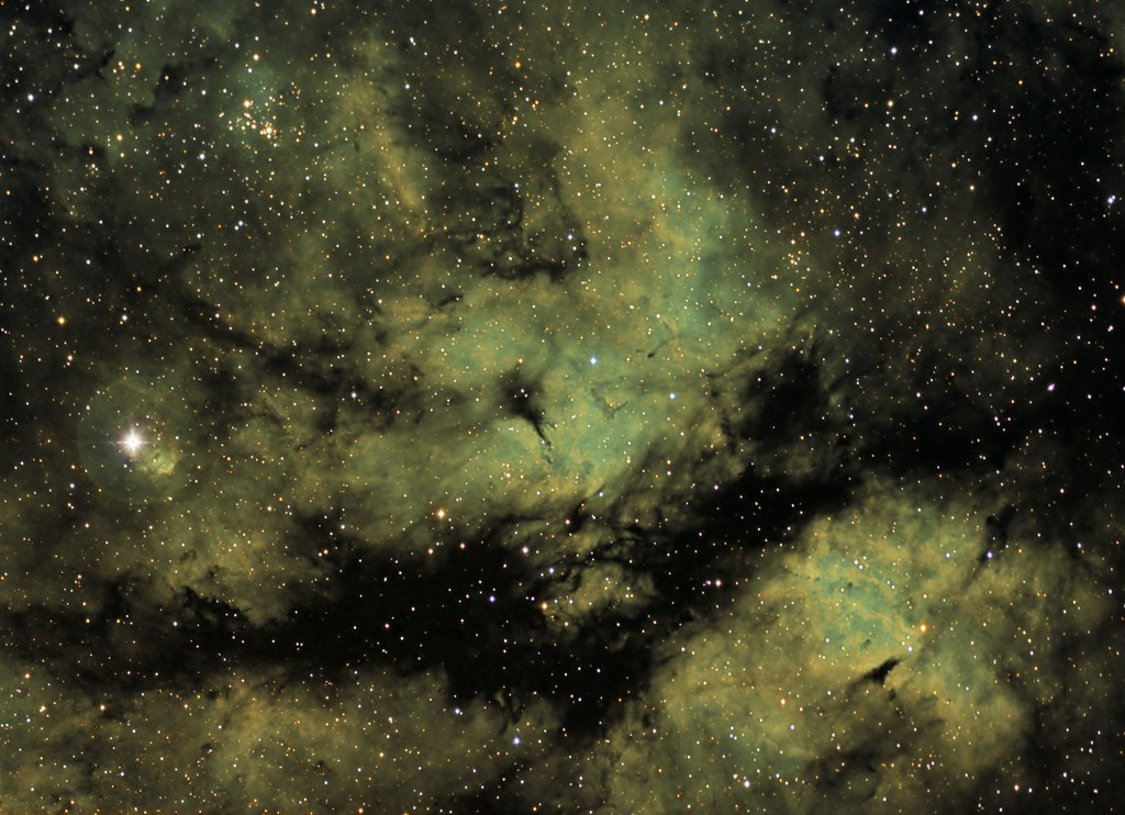 IC1318, the Butterfly nebula with narraow band filters photo by Trois_Merlettes