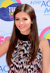 "Victoria Justice photo by Greg ""Papa"" Razzi"