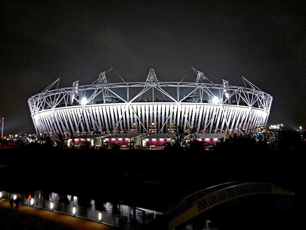 London 2012 Olympic Stadium photo by DaveJC90