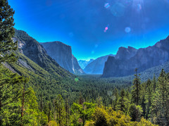 Sunny blue at Tunnel View photo by RobertCross1 (off and on)