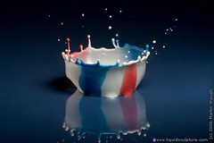 OldGloryBowl - Liquid Sculpture - Fine art photography of drops and splashes (c)2006 Martin Waugh