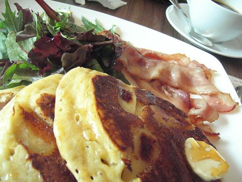The bestest pancakes in Singapore, just about