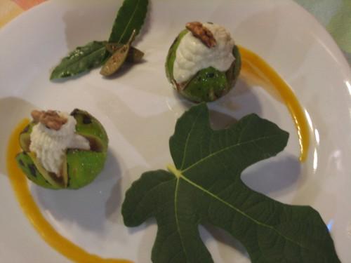 fichi ripieni con crema gorgonzola