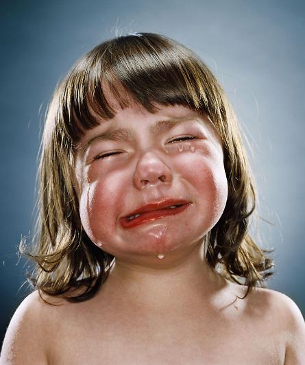 Por fin es viernesss!!! :: Niños llorando, de Jill Greenberg ...