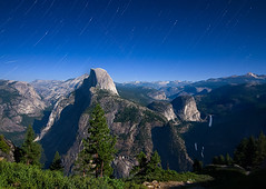 Full Moon at Half Dome photo by Casete