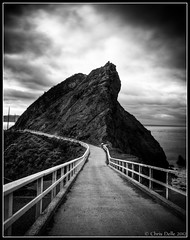 Path to Point Bonita Lighthouse photo by Chris Delle