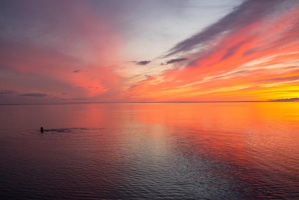 sunset dip photo by jlp771