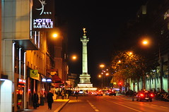 La Bastille, Paris. photo by Dan in Mars