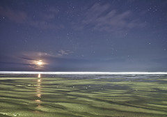 Moonset on the Beach photo by benalesh1985