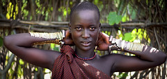 Bodi girl - Ethiopia photo by Steven Goethals