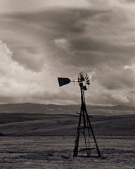 Abandoned Windmill, Livermore, CA photo by 4 Corners Photo