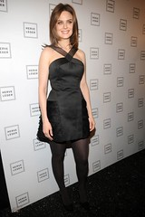 Emily Deschanel photo by celebrities in tights