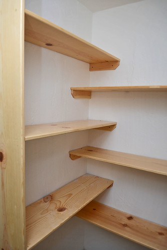 Billy S Captures Pine Shelving In Closets