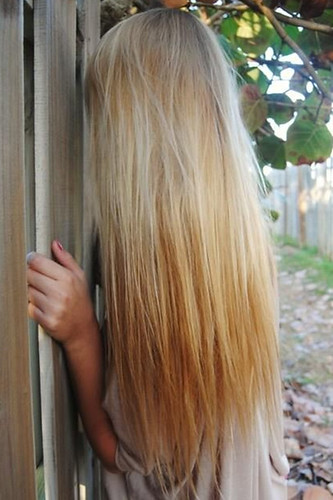 Long Straight Blonde Hair 57