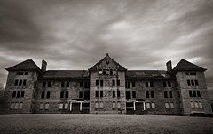 Illinois Asylum for the Incurable Insane photo by Rodney Harvey