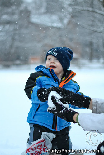 Kyton playing in the snow-2.jpg