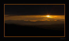 Sunset over the snowdon range photo by Delweddau Oes