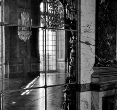 Galerie des Glaces photo by Mat Jolivet