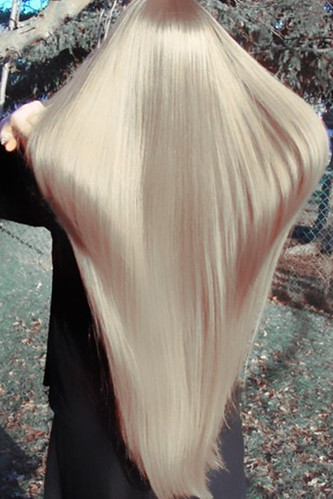 Long straight blonde hair