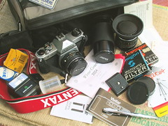 What's REALLY in my 35mm camera bag? - with Flickr notes!