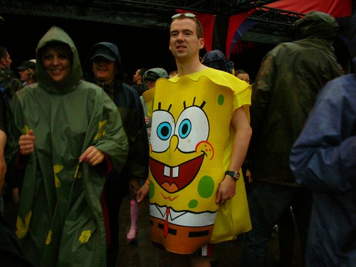 spongebob groovin at dancetent