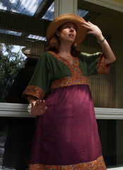 Cindy Sherman pose in Simplicity 4072