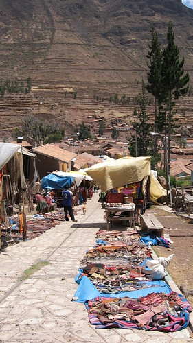 the outskirts of the Pisac market
