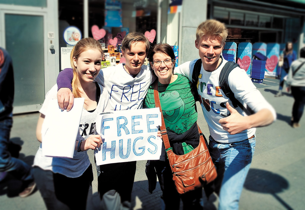 Project 365 - Day 121: FREE HUGS!