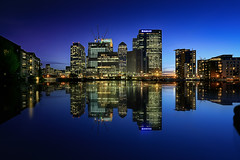 Blue Hour @ Canary Wharf (London) photo by Luca Libralato