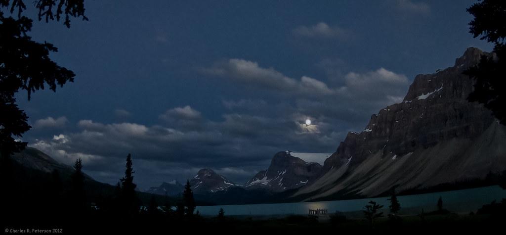 Rising Moon - Bow Lake photo by petechar