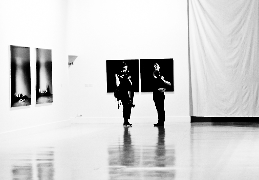 Gallery and photographer photo by Superpepelu