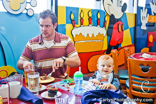 Kyton's rockstar first birthday party-3.jpg