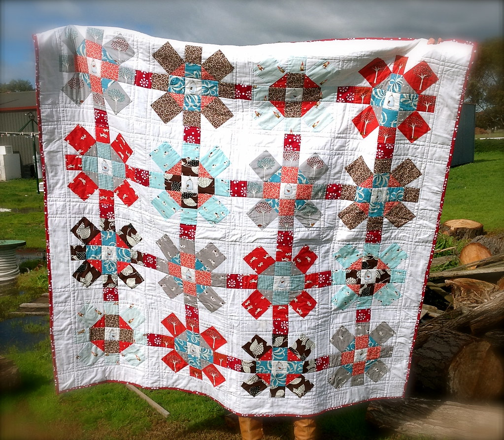 Labyrinth Quilt photo by Swede-Heart