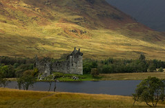 Kilchurn Castle (Explored) photo by Andy Magee
