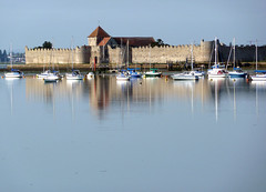 Portchester Castle Reflected photo by albireo 2006