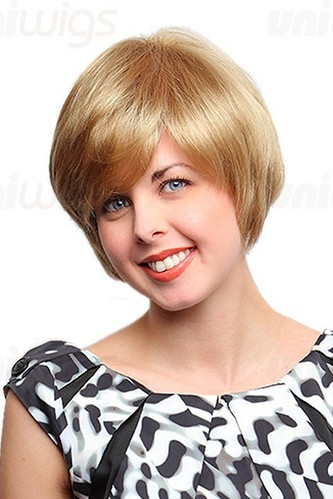 Pauline short blonde sophisticated cut