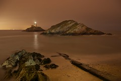 Mumbles lighthouse at night photo by dean.cummings
