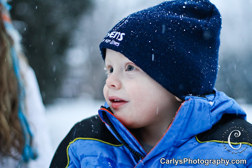 Kyton playing in the snow-17.jpg