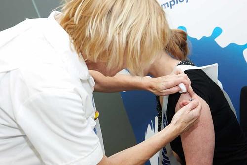 全く痛くない「針なし注射」を日本の大学が開発! これで注射の恐怖から開放される 1番目の画像