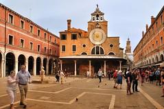 Venice : Campo San Giacomo di Rialto - 2 - photo by Pantchoa