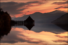 Crannog Loch Tay photo by angus clyne