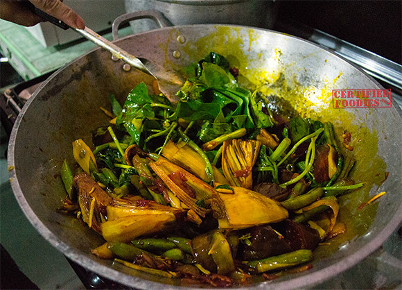 Cook all the vegetables for a few minutes - don't overcook - beef kare-kare recipe