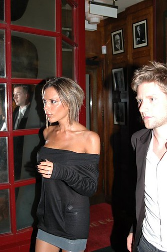 newspaper is reporting that plastic-pouted Victoria Beckham and husband