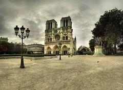 Notre-Dame de Paris - 06-08-2006 - 7h53